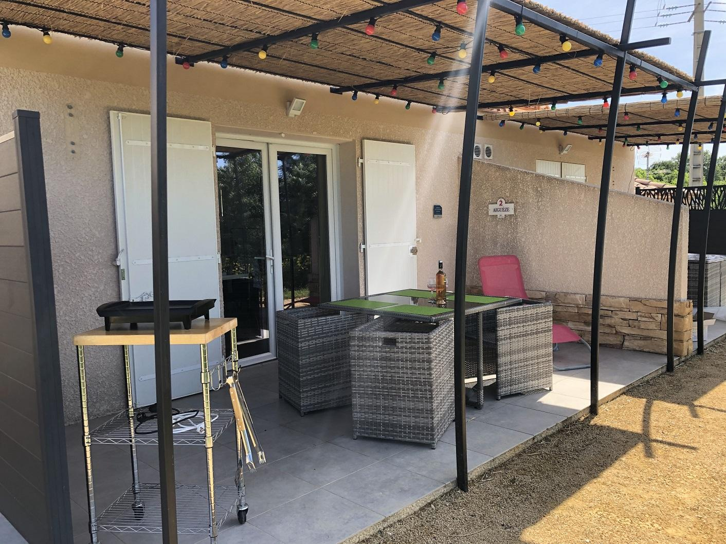 Les maisonnettes avec terrasse